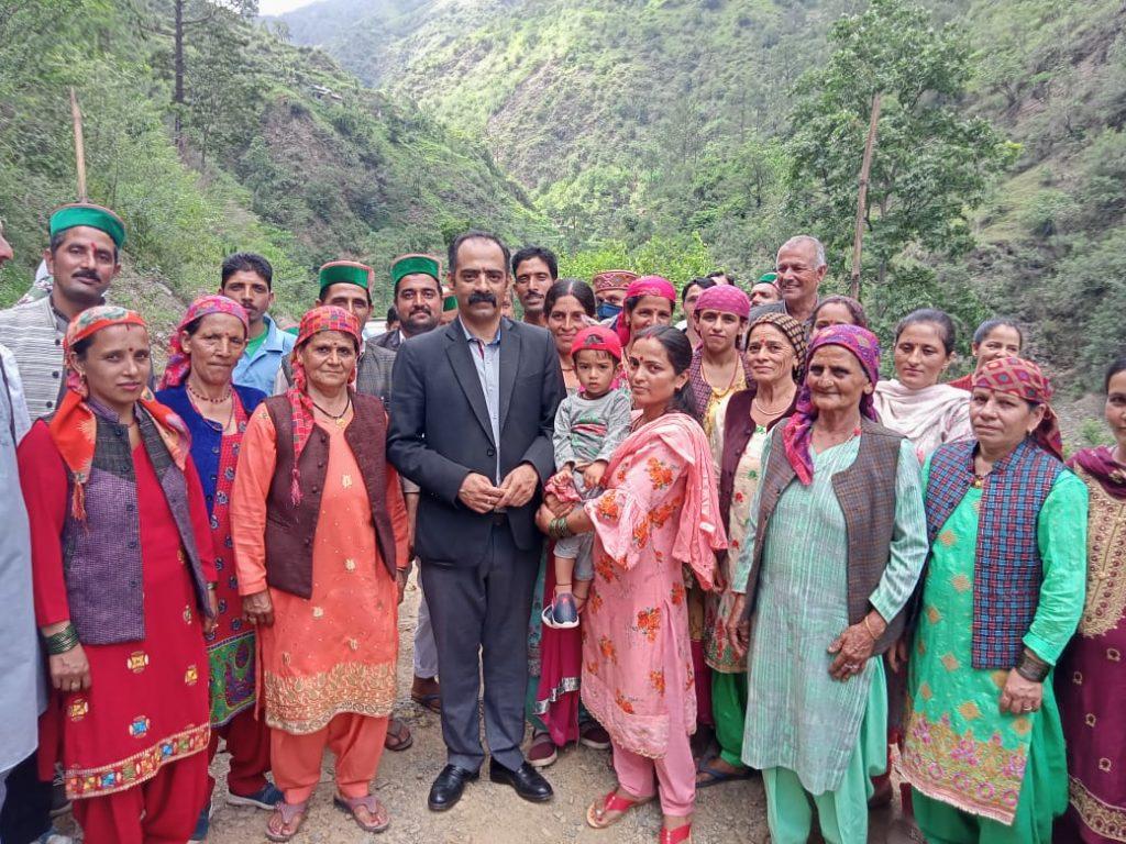 सतलाई-पीरन वाया कैल सड़क को विधायक प्राथमिकता में डाला जाएगा: अनिरूद्ध सिंह