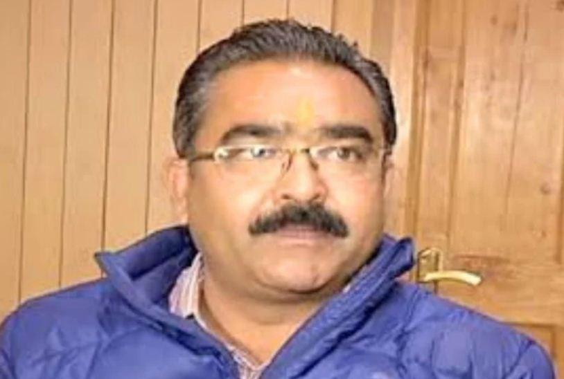 उद्योग मंत्री बिक्रम सिंह ठाकुर